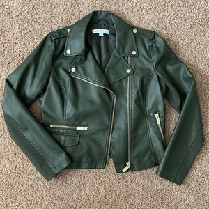 🆕 NWOT 🔥 Army Green Faux Leather Jacket 🐍